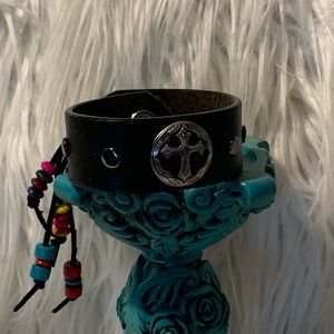 Jewelry - BoHo leather bracelet cuff